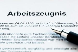 Das Arbeitszeugnis eines Arbeitnehmers in deutscher Sprache