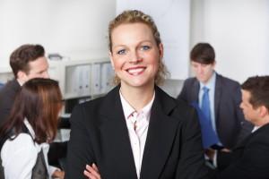 Der Artikel berichtet von erfolgreichen Fortbildungen für Führungskräfte.