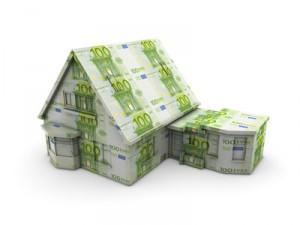 Miniaturhaus aus Geldscheinen