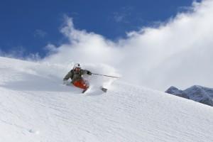 Ferien in den Alpen – Ski und Rodel gut